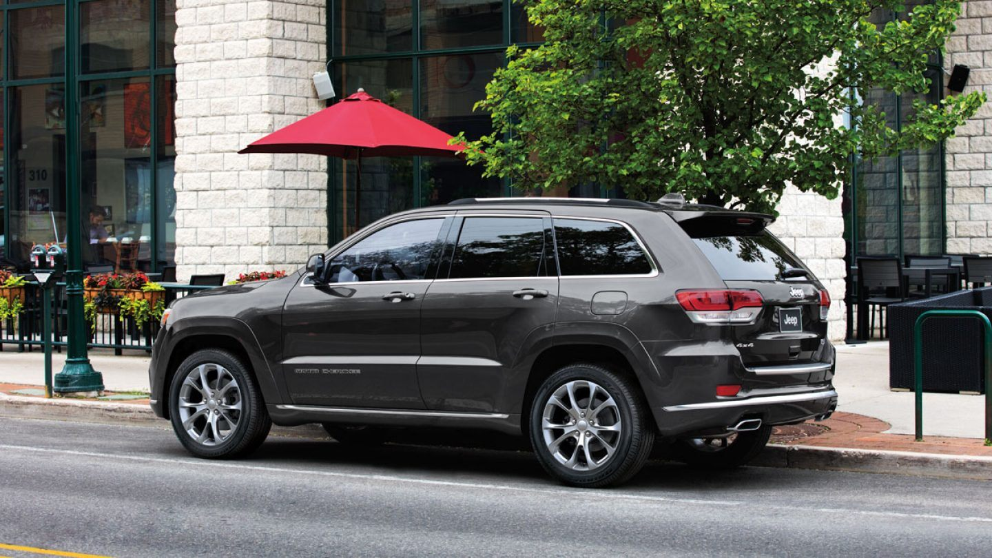 2020 Jeep Grand Cherokee Exterior in Elmhurst, IL