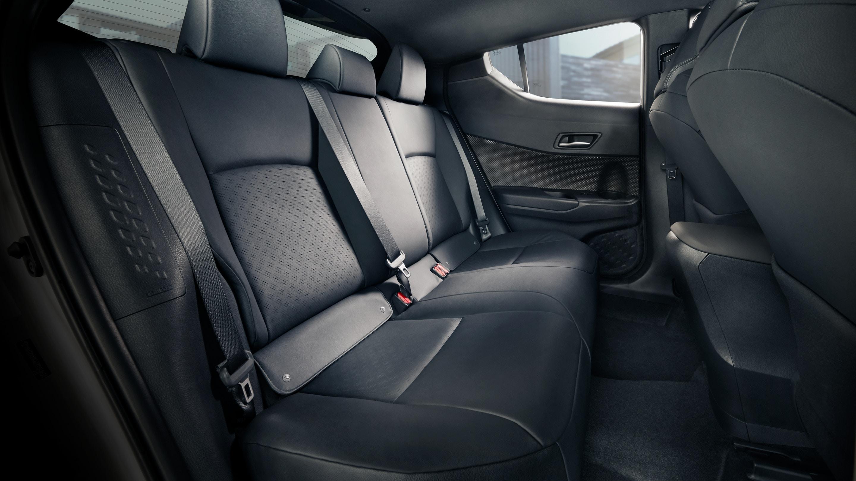2019 Toyota C-HR Interior Features in Jacksonville, FL