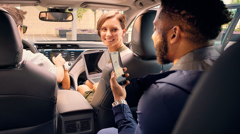 2019 Toyota Camry Interior in Elgin, IL