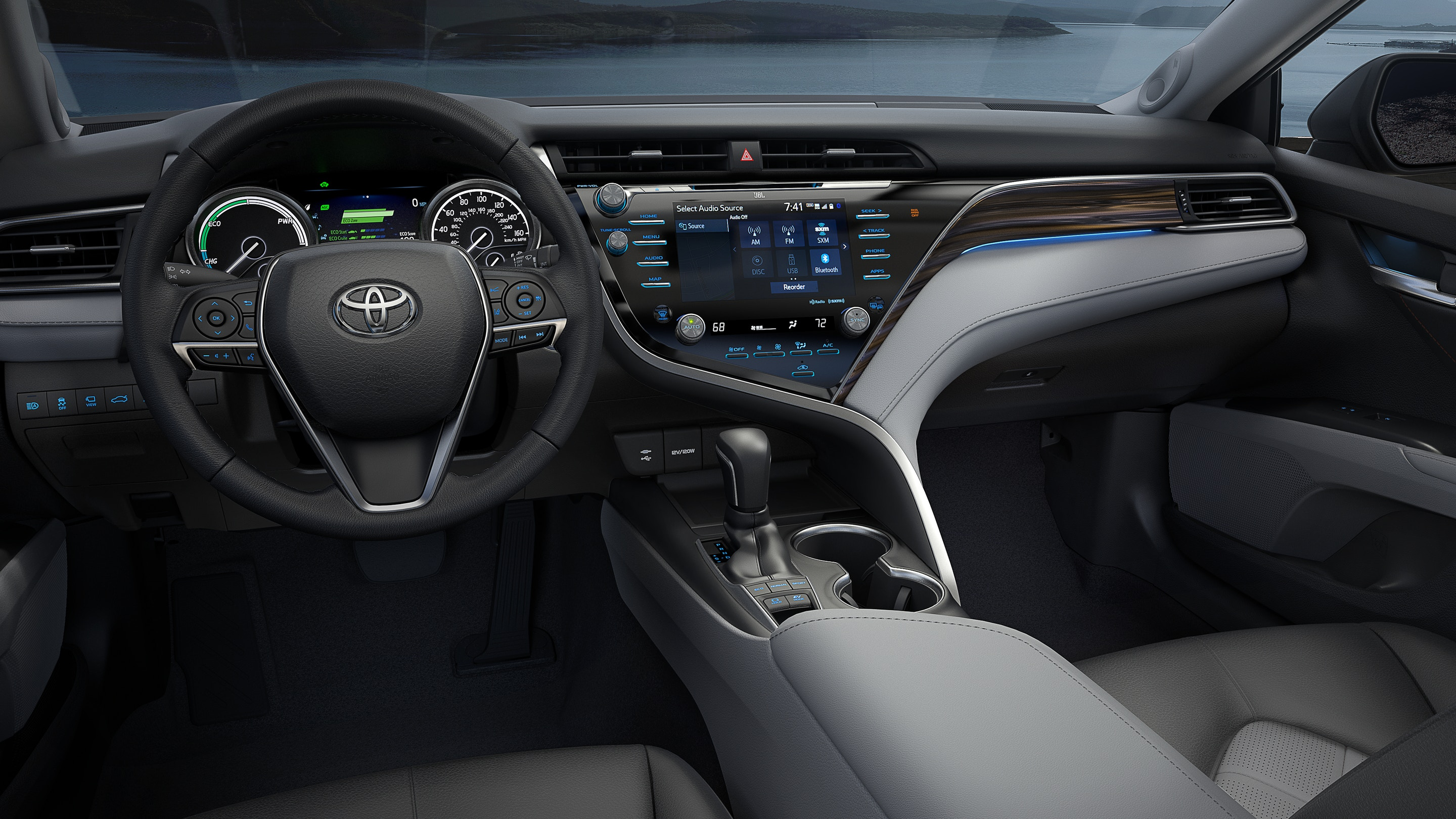 2019 Toyota Camry Technology in Elgin, IL