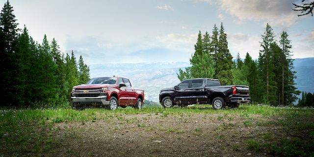 What is the towing & payload capacity of the 2020 Silverado 1500?