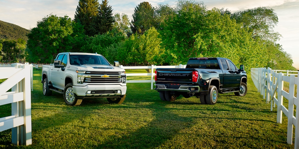 What is the towing & payload capacity of the 2020 Silverado 2500?
