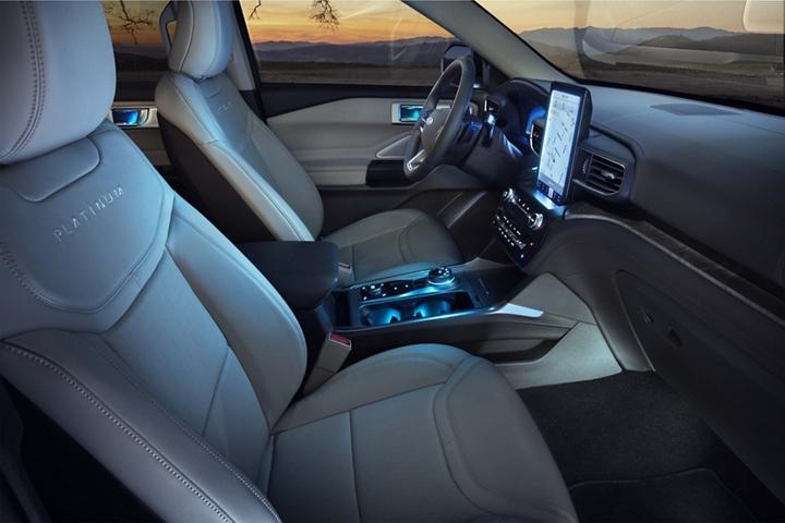 2020 Ford Explorer Interior Features