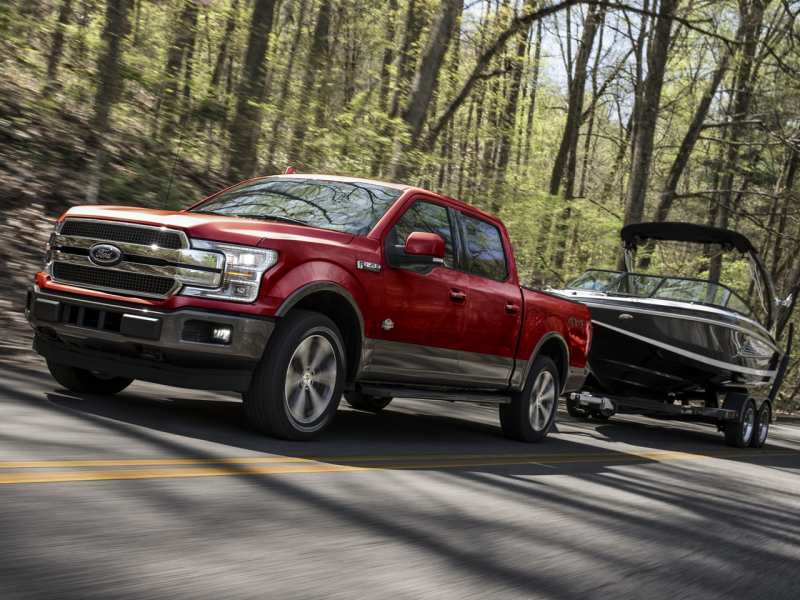 Chevrolet Silverado 1500 vs Ford F-150 Safety Features