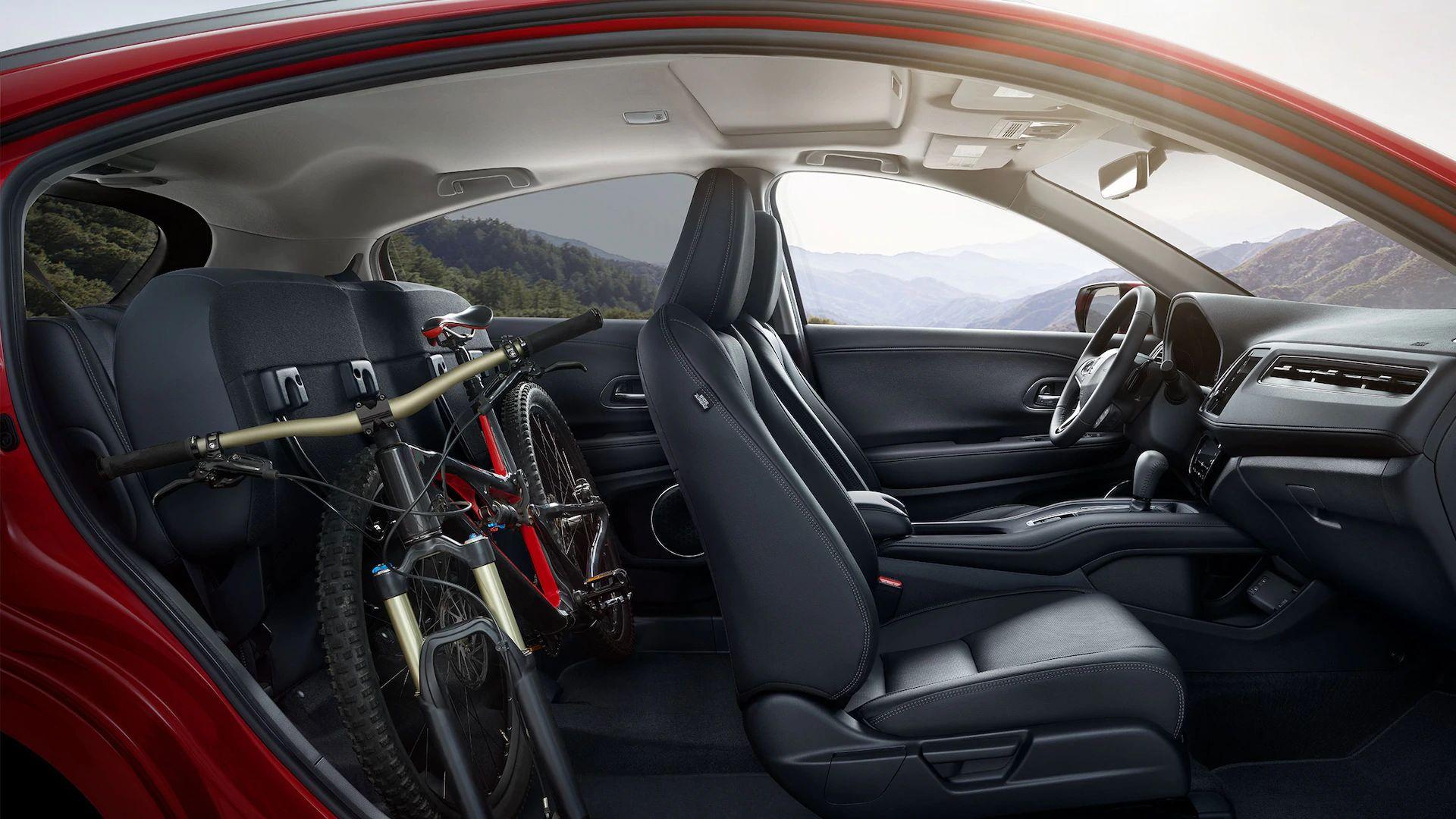 2020 Honda HR-V Interior in Elgin, IL