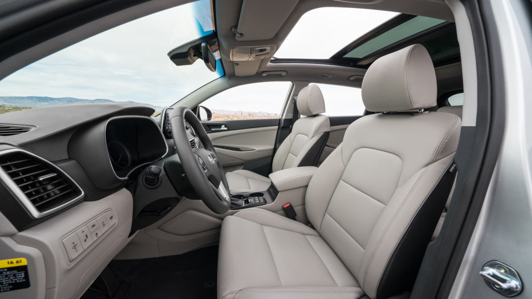 The 2020 Hyundai Tucson has a beautiful interior and is available at Headquarter Hyundai in Orlando, FL