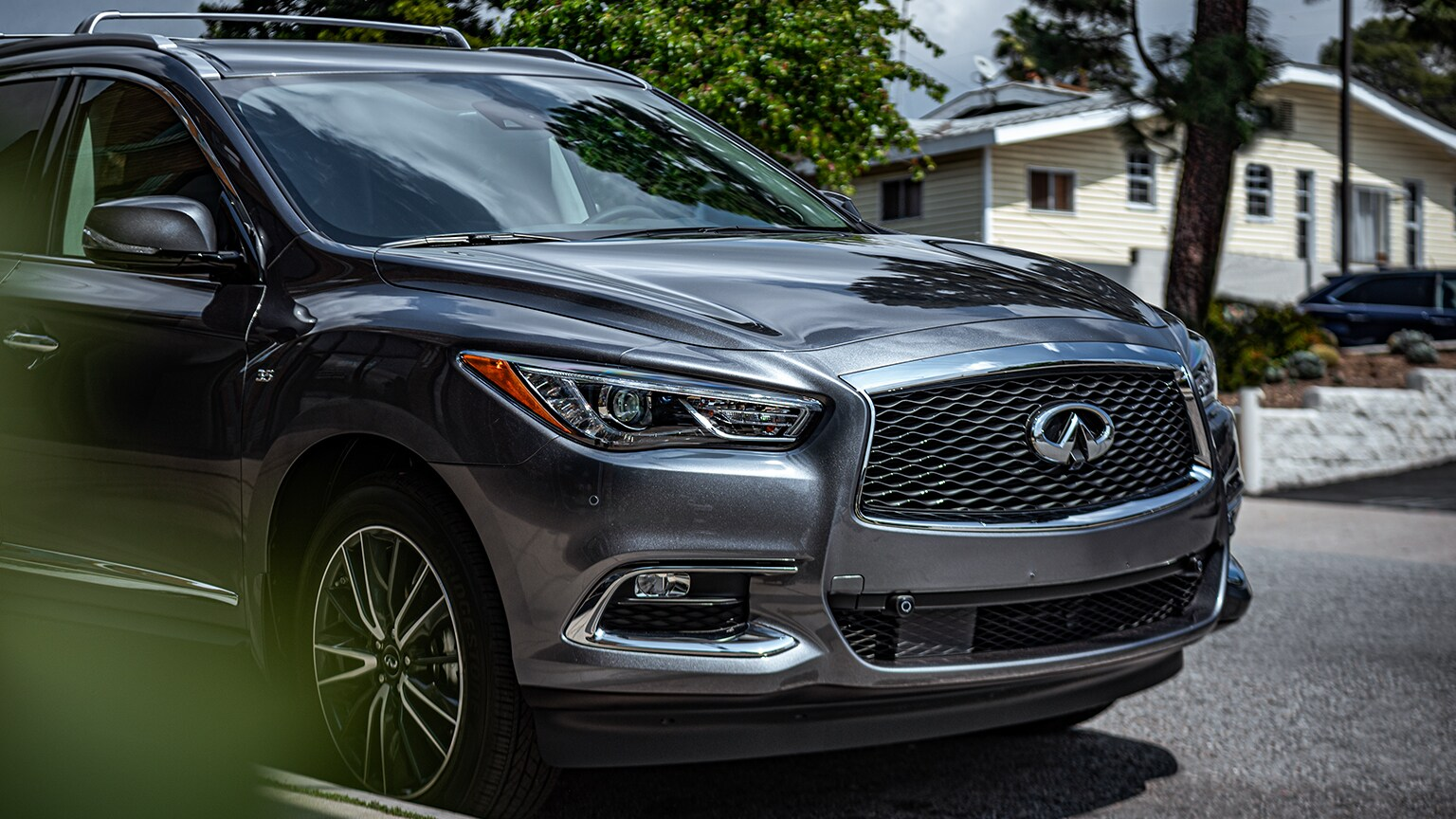 How much can the 2020 INFINITI QX60 tow?