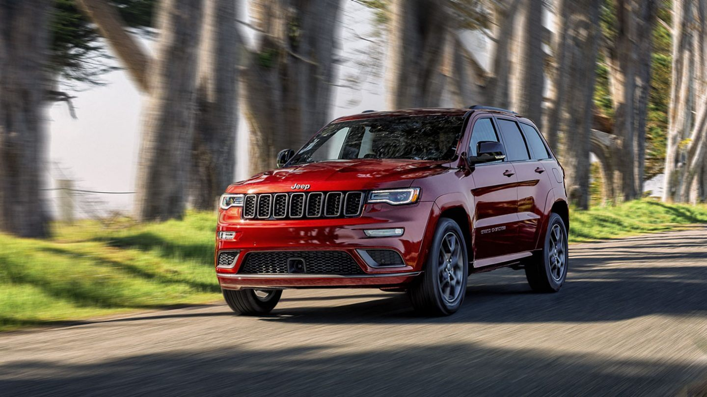 How much does the 2020 Jeep Grand Cherokee weigh?