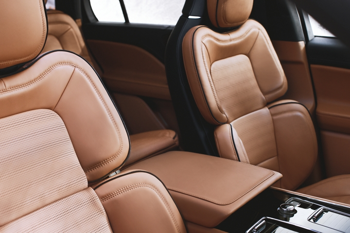 2020 Lincoln Aviator Interior Features