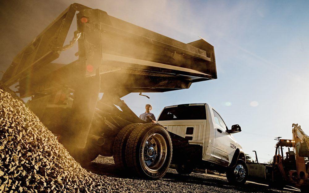 Advantages of Dump Trucks