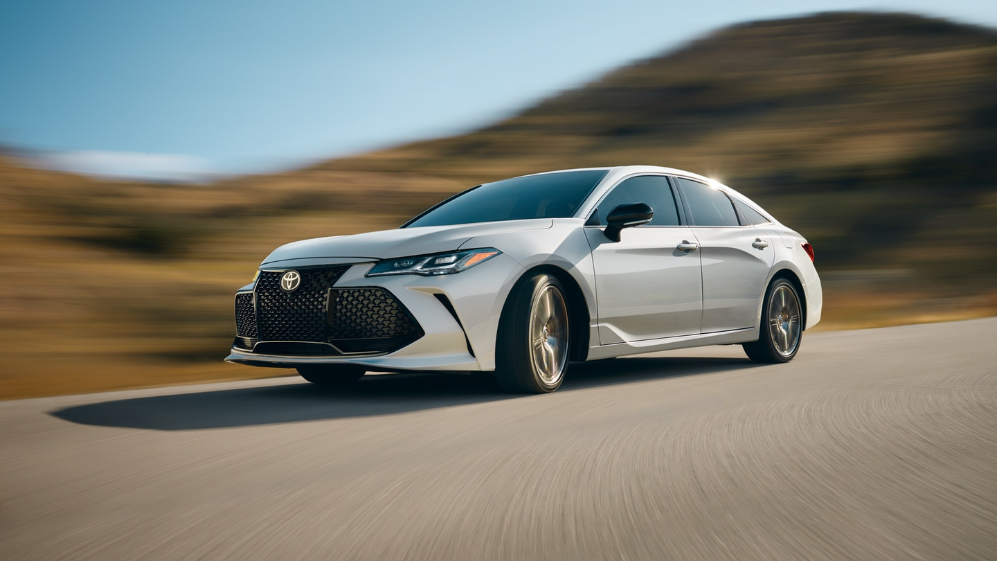 The 2020 Toyota Avalon for sale at Arlington Toyota in Jacksonville, FL