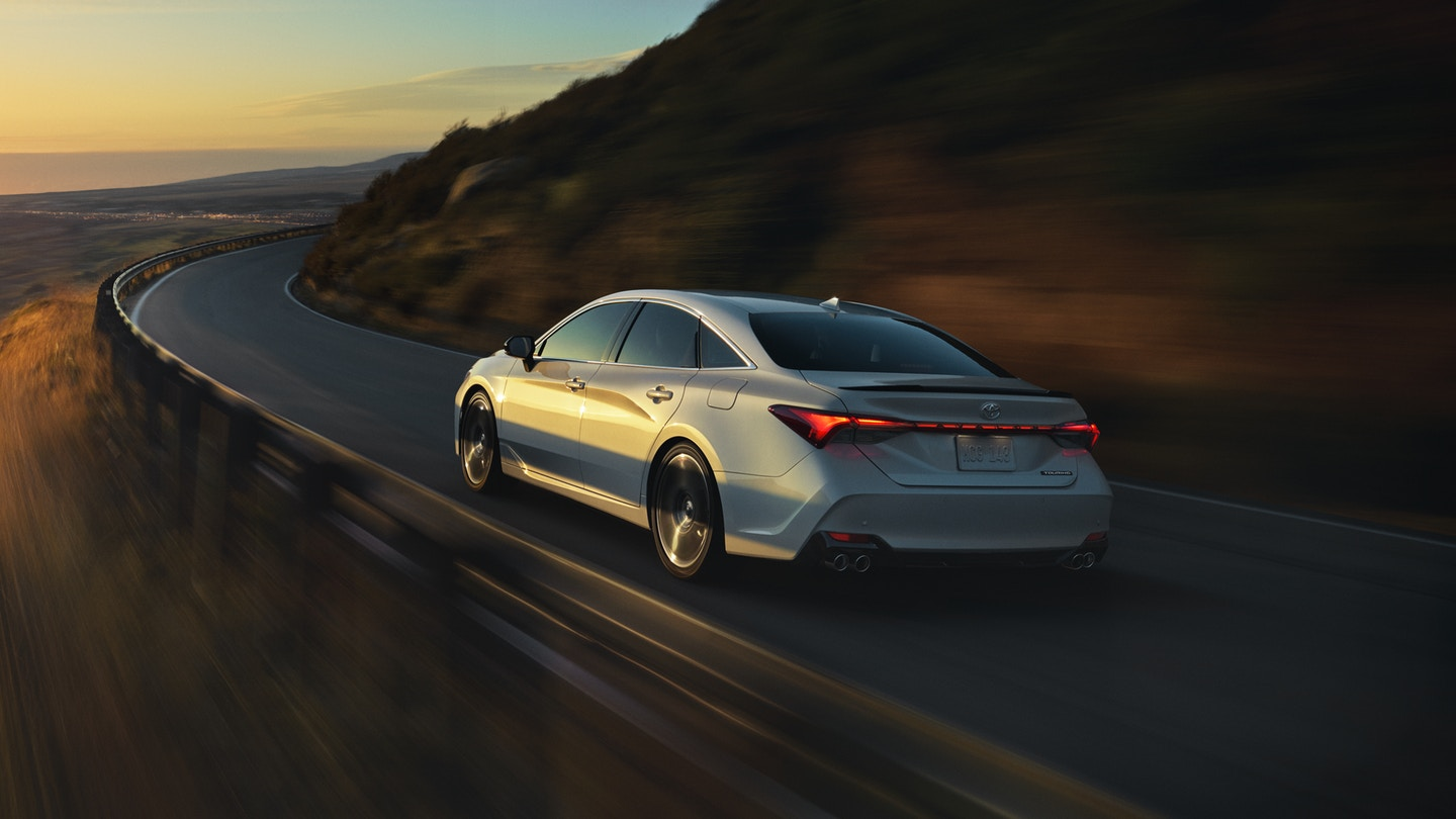 The 2020 Toyota Avalon has great performance and is for sale at Arlington Toyota in Jacksonville, FL