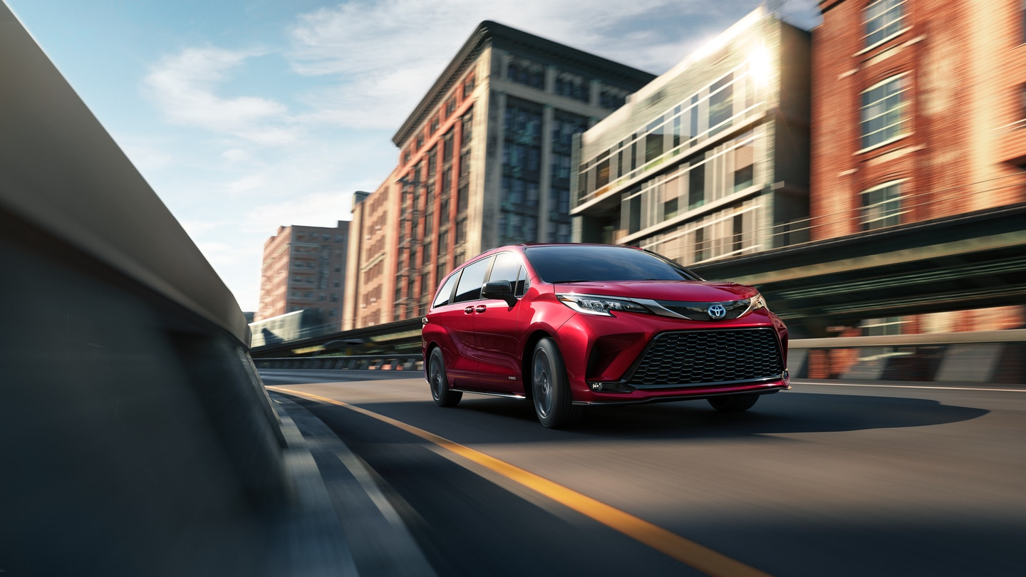 New 2021 Toyota Sienna Specs & Review