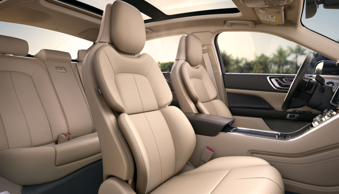 2019 Lincoln Continental interior near Salina, KS