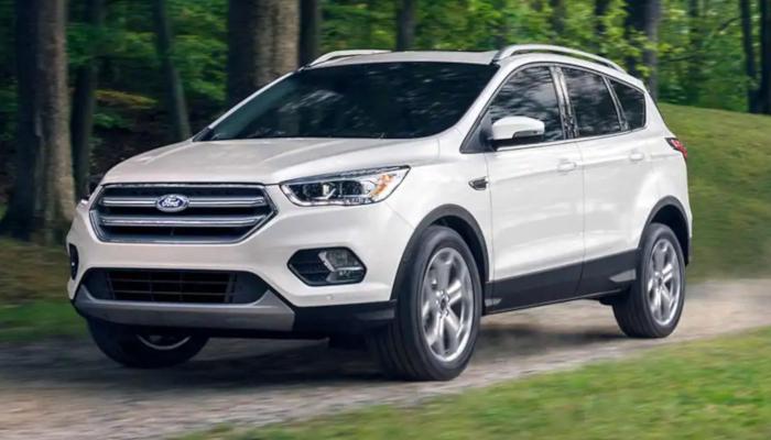 The high performance 2019 Ford Escape near Manhattan, KS