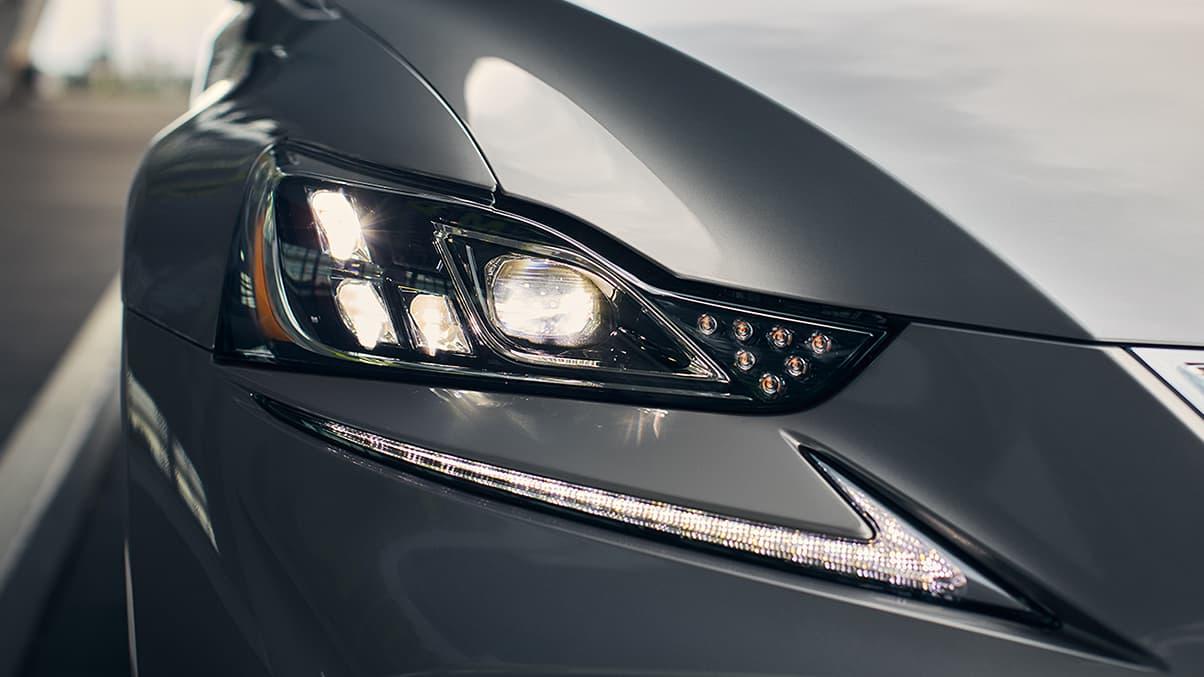 2019 Lexus LS-500 exterior